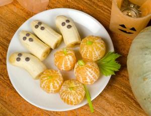 Healthy-Halloween-Treats_blog.jpg