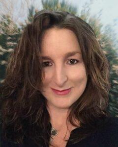 Lisa - Tana Amen Review